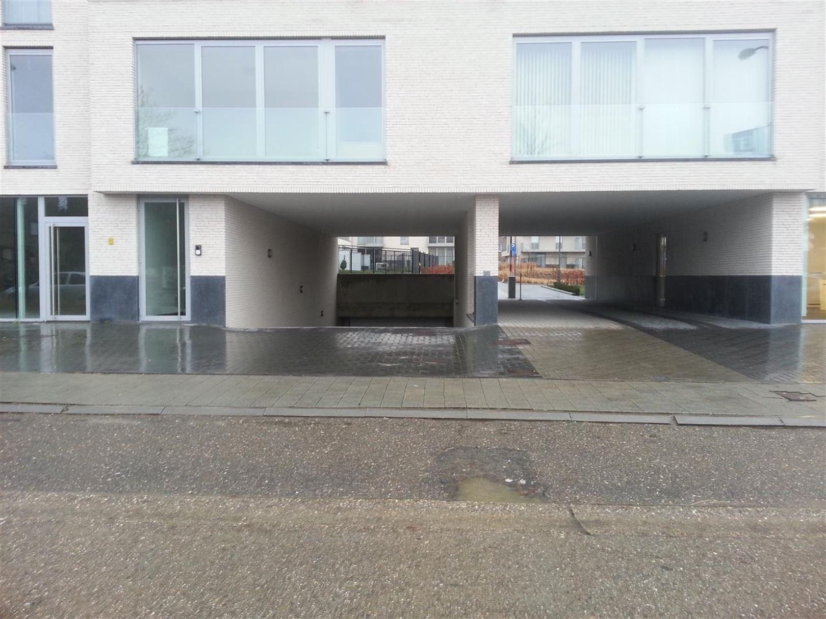 Garage te 2220 Heist-op-den-Berg (België) - Prijs € 70