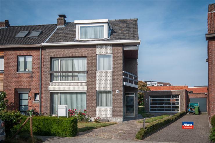 Half open bebouwing te 2620 HEMIKSEM (België) - Prijs € 349.500