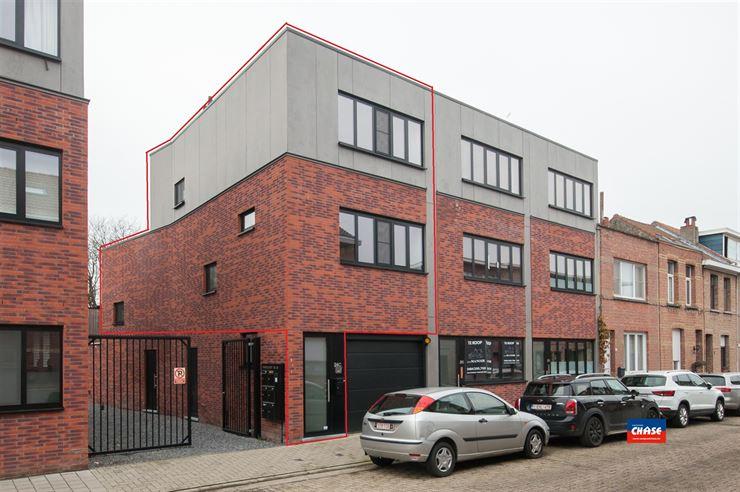 Half open bebouwing te 2660 HOBOKEN (België) - Prijs € 259.000