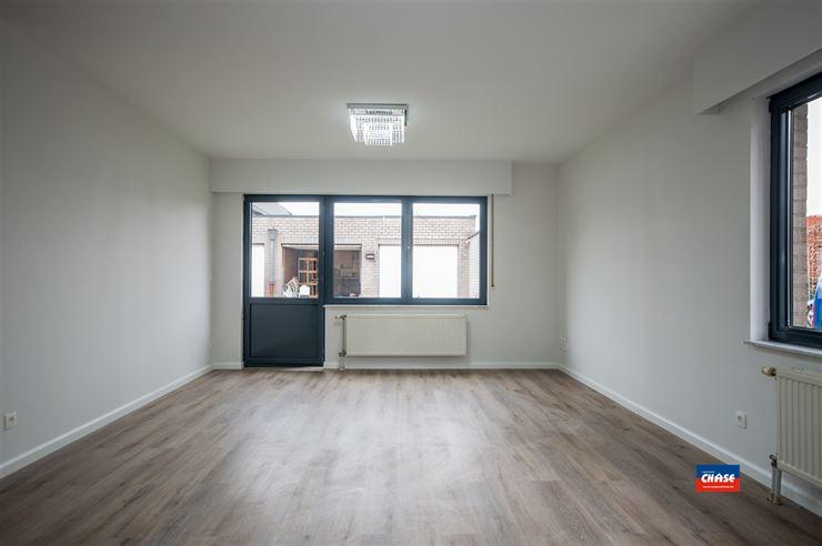 Foto 2 : Gelijkvloers appartement te 2660 HOBOKEN (België) - Prijs € 239.000