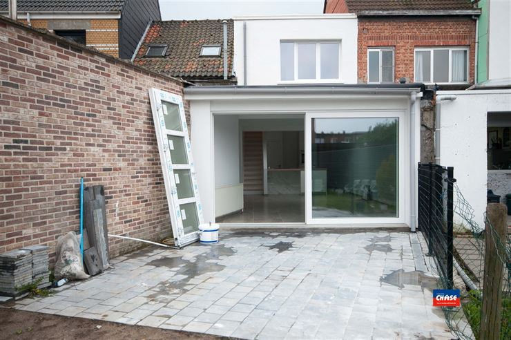 Foto 8 : Huis te 2660 HOBOKEN (België) - Prijs € 279.950