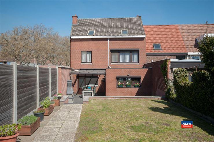 Foto 10 : Huis te 2660 HOBOKEN (België) - Prijs € 325.000