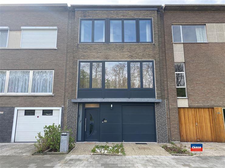 Foto 1 : Bel-étage te 2180 EKEREN (België) - Prijs € 1.900