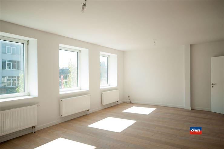 Foto 7 : Appartementsgebouw te 2660 Hoboken (België) - Prijs € 2.999.999