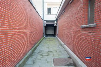 Foto 17 : Commerciele winkel te 2020 ANTWERPEN (België) - Prijs € 650.000