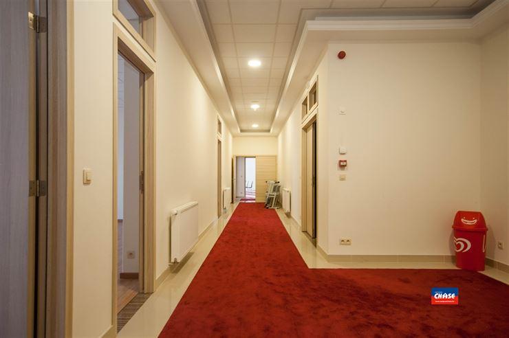 Foto 12 : Gemengd gebouw te 2660 HOBOKEN (België) - Prijs € 1.699.500