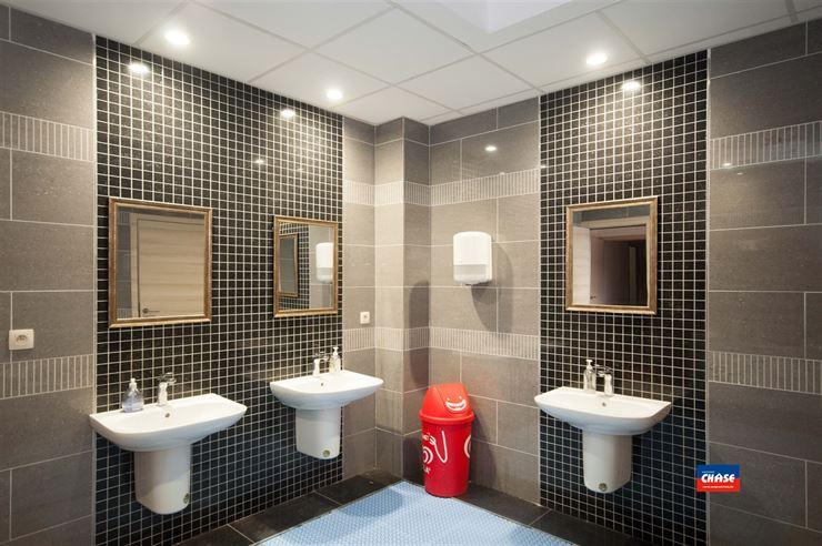 Foto 8 : Gemengd gebouw te 2660 HOBOKEN (België) - Prijs € 1.699.500