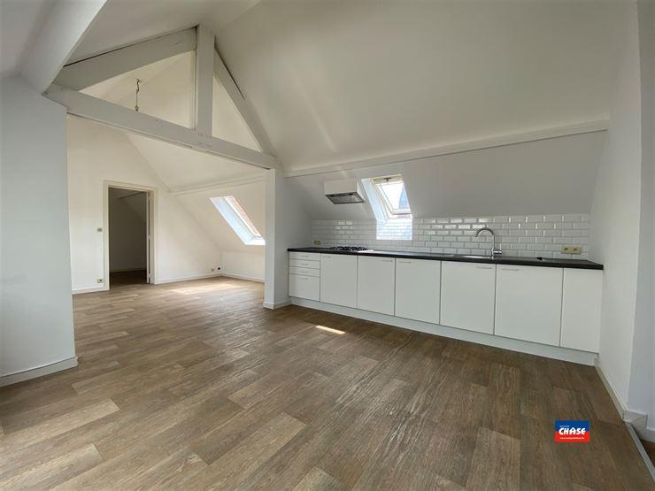 Foto 2 : Appartement te 2060 ANTWERPEN (België) - Prijs € 680