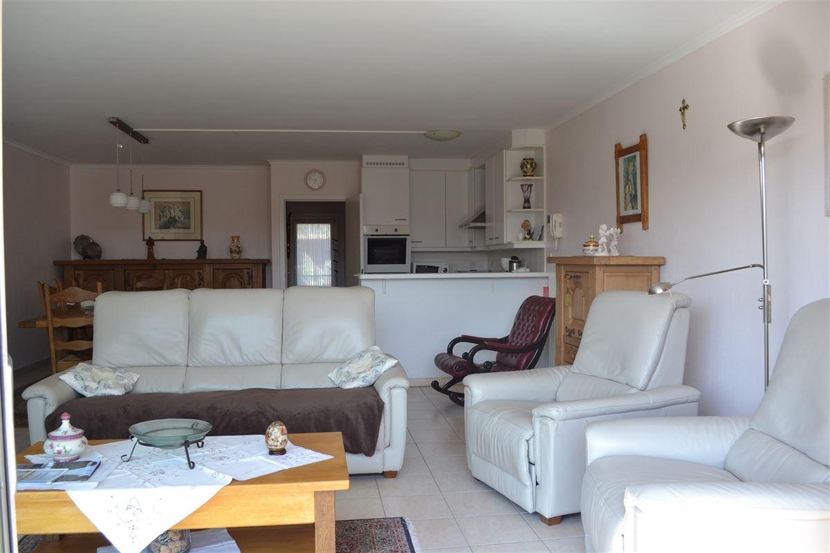 Foto 11 : Gemeubeld appartement te 8620 NIEUWPOORT (België) - Prijs Prijs op aanvraag