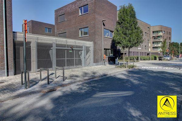 Parking -Garagebox te 2050 Antwerpen (België) - Prijs