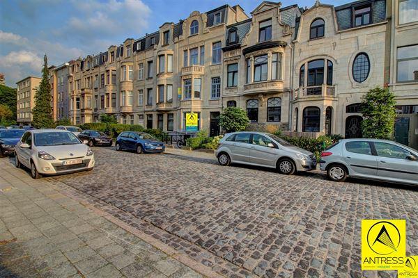 Appartement te 2600 Berchem (België) - Prijs