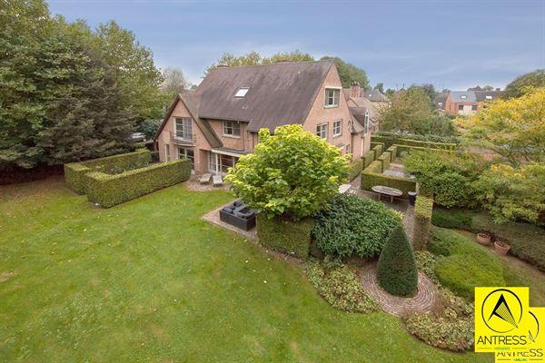 Villa te 2640 Mortsel (België) - Prijs