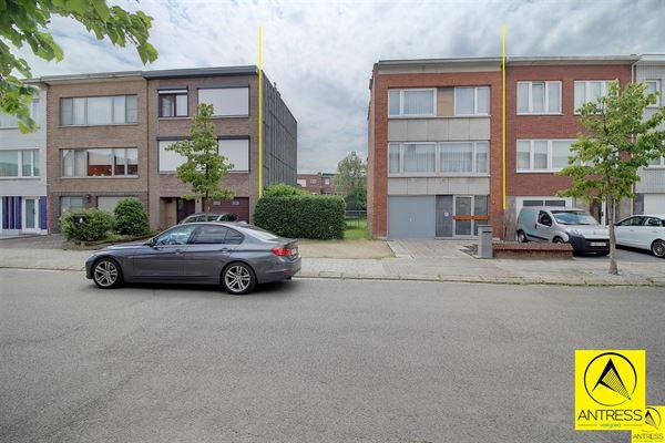Huis te 2630 AARTSELAAR (België) - Prijs