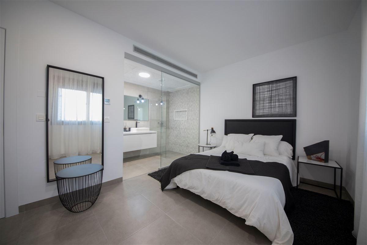 Foto 12 : Villa te 30720 SANTIAGO DE LA RIBERA (Spanje) - Prijs € 265.000