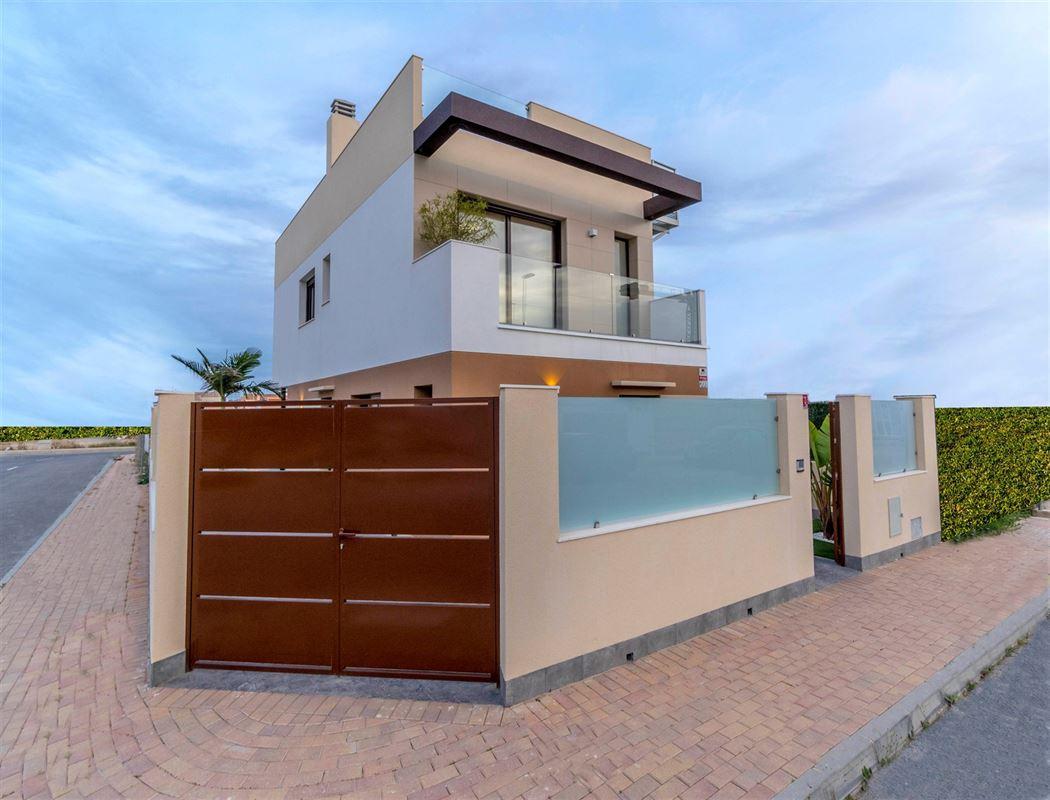 Foto 23 : Villa te 30740 SAN PEDRO DEL PINATAR (Spanje) - Prijs € 225.000