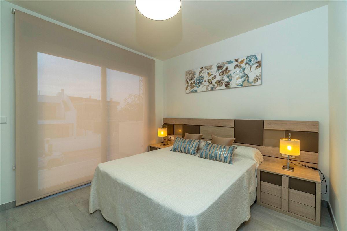 Foto 11 : Villa te 30740 SAN PEDRO DEL PINATAR (Spanje) - Prijs € 225.000