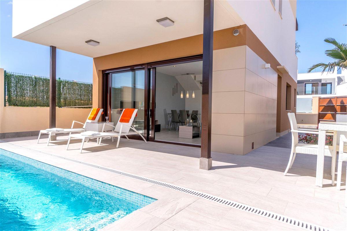 Foto 2 : Villa te 30740 SAN PEDRO DEL PINATAR (Spanje) - Prijs € 225.000