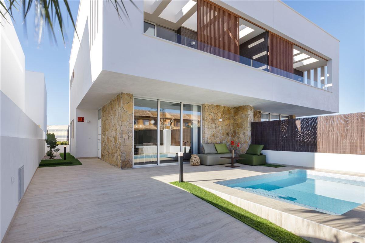 Foto 1 : Villa te 30740 SAN PEDRO DEL PINATAR (Spanje) - Prijs € 283.000