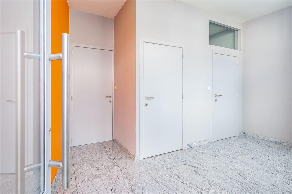 Foto 3 : Gemengd gebouw te 8520 KUURNE (België) - Prijs € 243.500