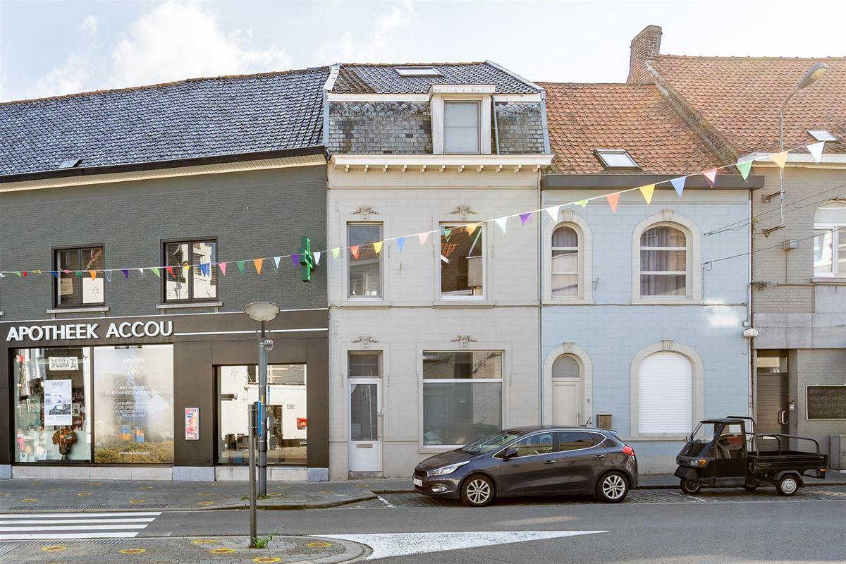 Foto 1 : Gemengd gebouw te 8520 KUURNE (België) - Prijs € 243.500