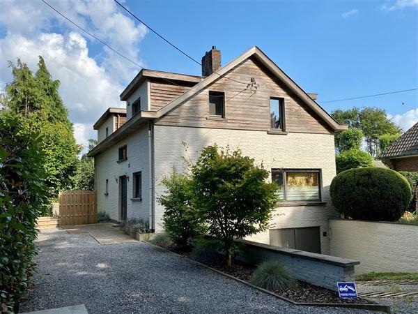 Stille Verkoop! Opbrengst eigendom met 2 appartementen in centrum Sint-Martens-Latem. Proficiat aan de kopers en verkoper. ...