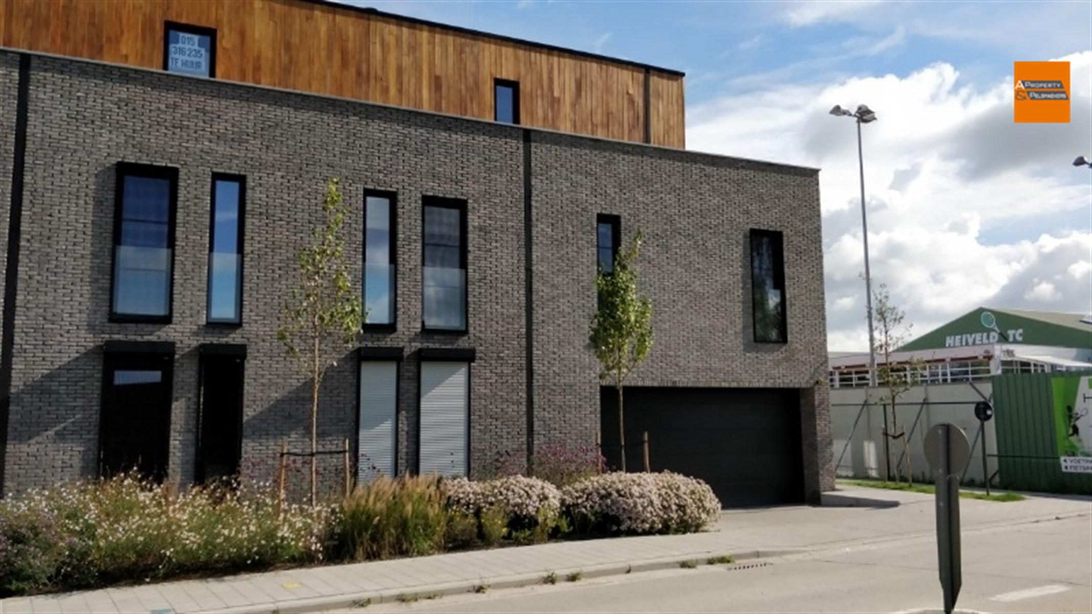 Image 2 : Parking/Boxe de garage à 2860 Sint-Katelijne-Waver (Belgique) - Prix 14.000 €