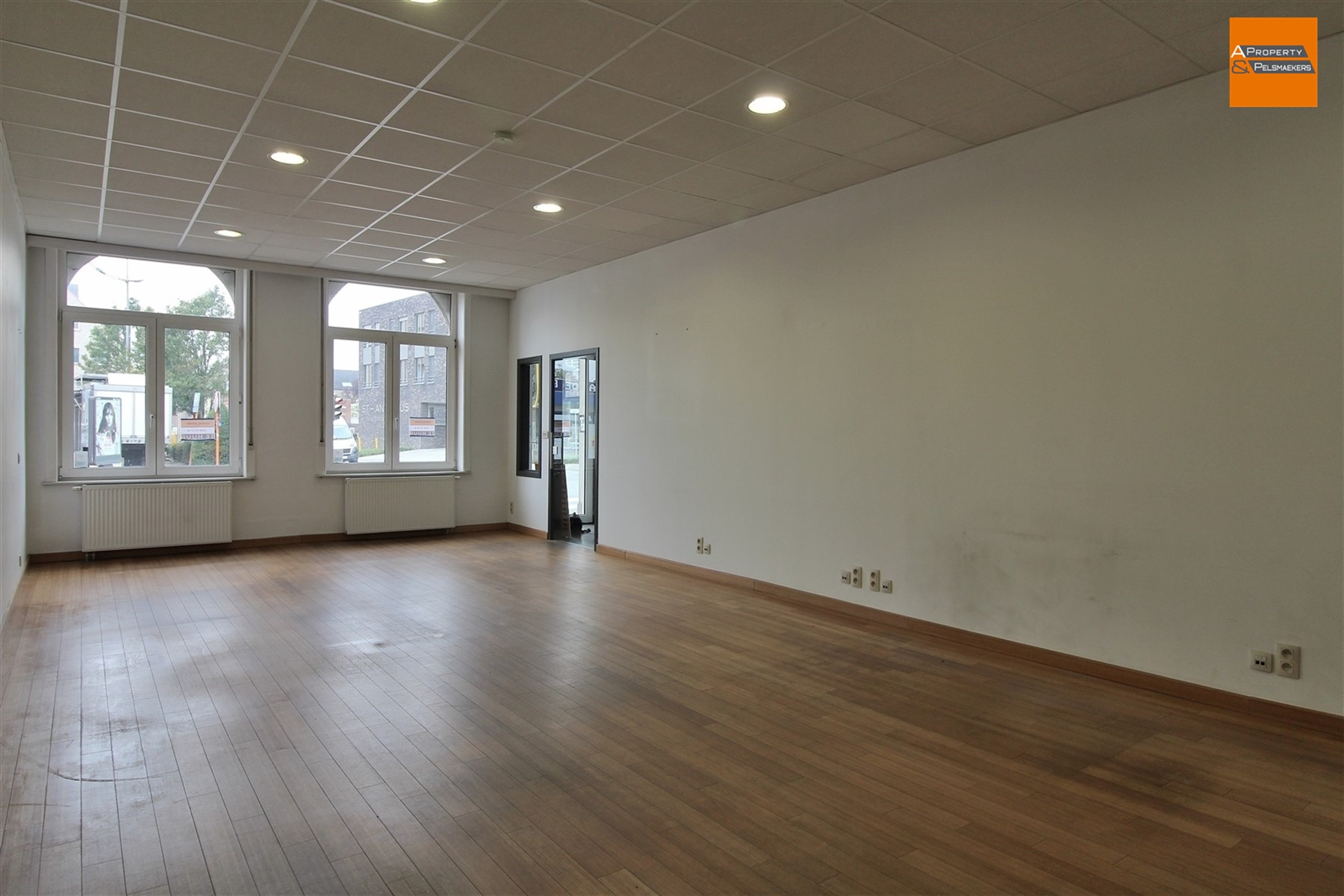 Image 2 : Office space IN 1930 ZAVENTEM (Belgium) - Price 950 €