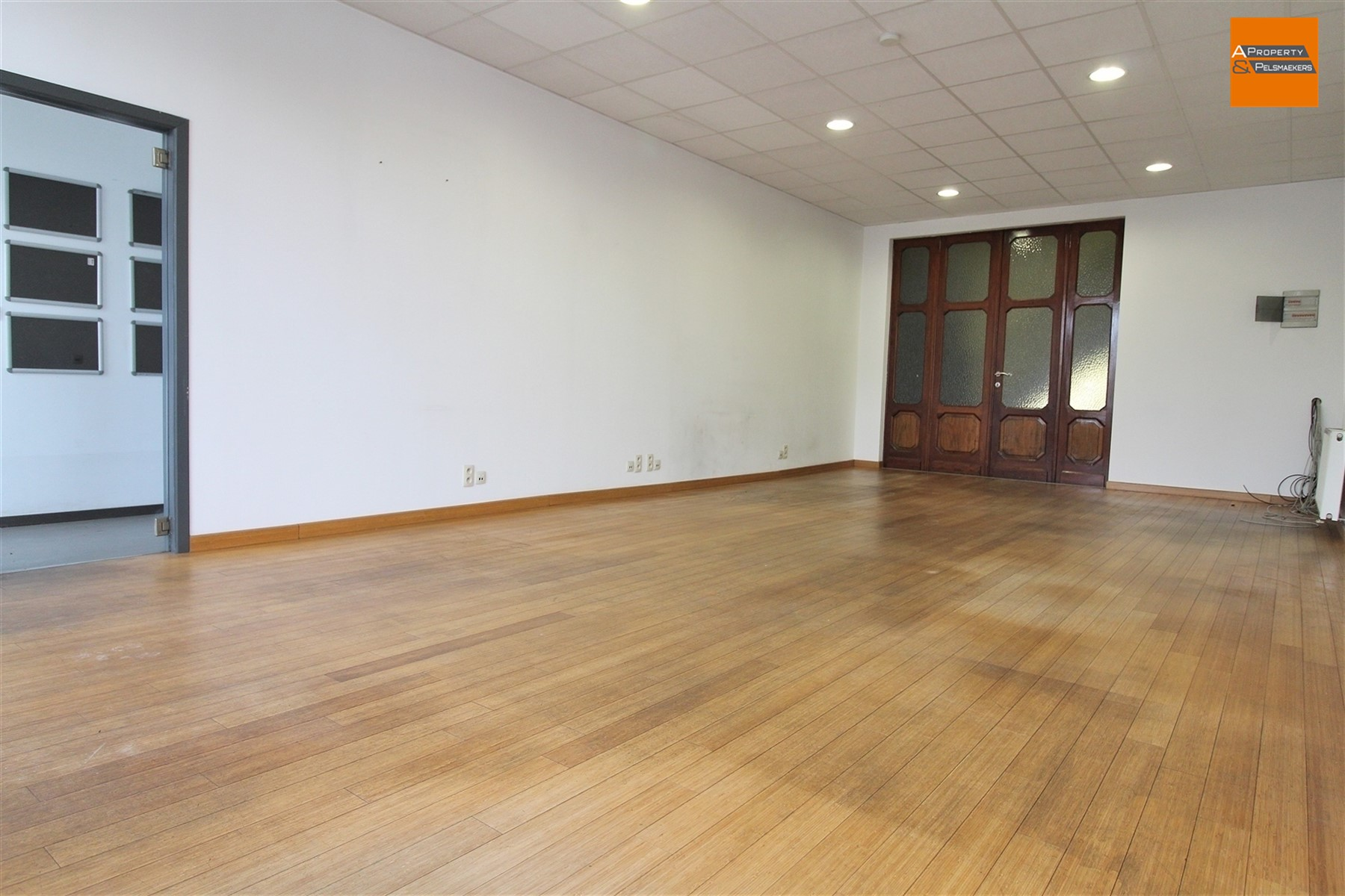 Image 1 : Office space IN 1930 ZAVENTEM (Belgium) - Price 950 €