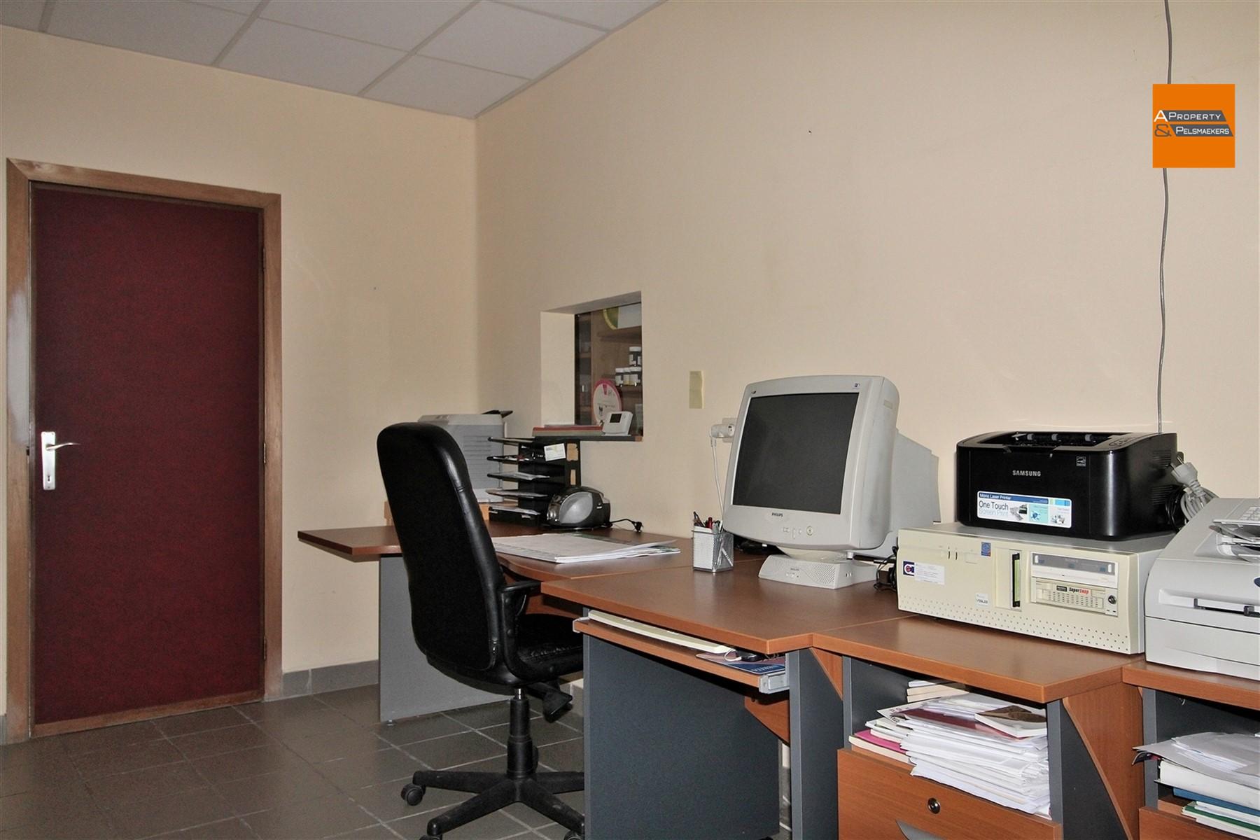 Foto 18 : Winkelruimte in 3272 TESTELT (België) - Prijs € 850