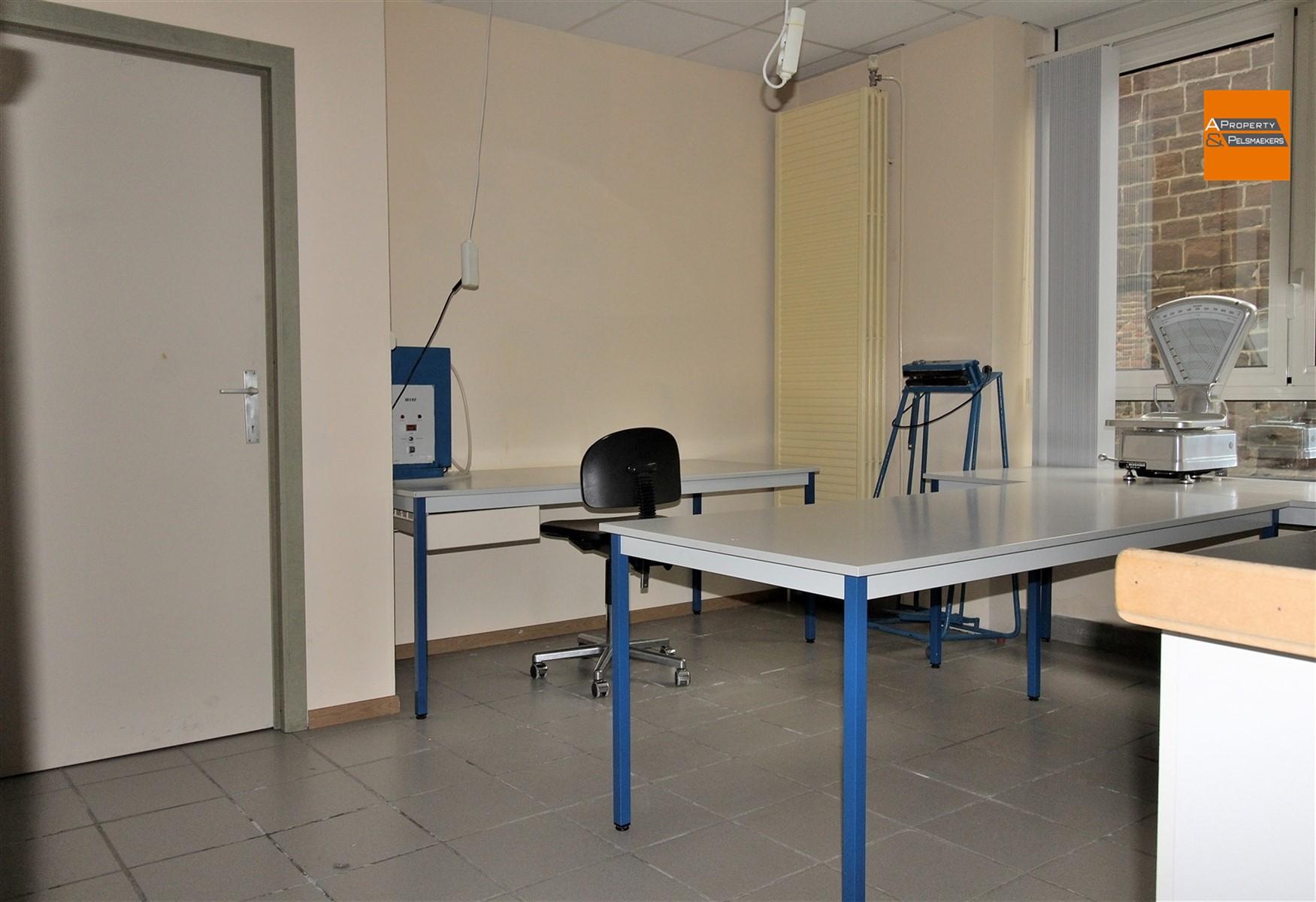 Foto 13 : Winkelruimte in 3272 TESTELT (België) - Prijs € 850