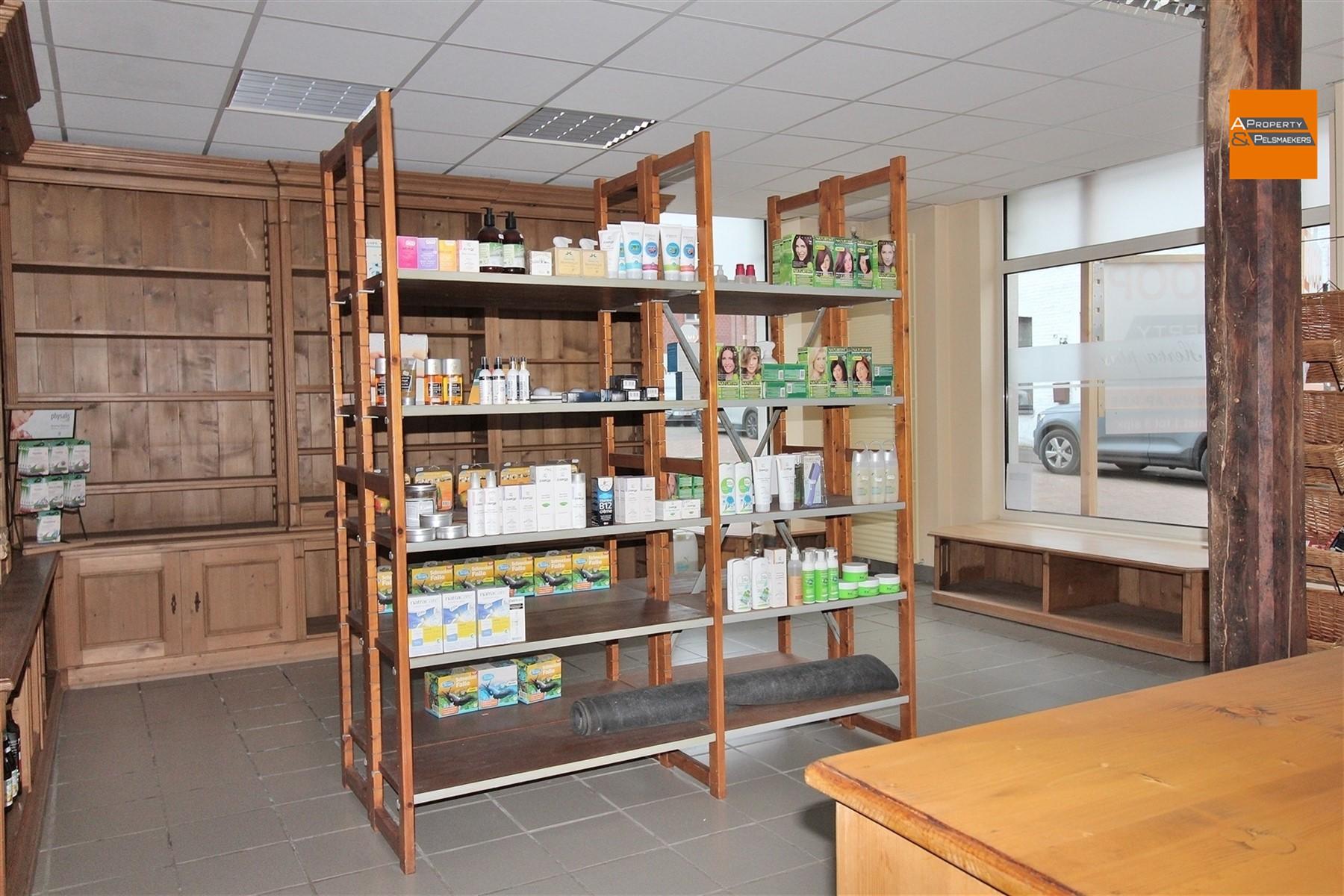 Foto 3 : Winkelruimte in 3272 TESTELT (België) - Prijs € 850