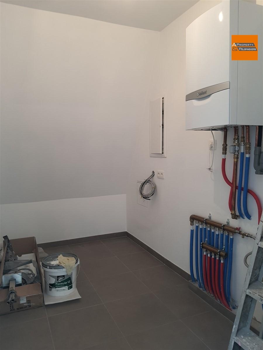 Image 17 : Duplex/penthouse IN 1070 Anderlecht (Belgium) - Price 587.814 €