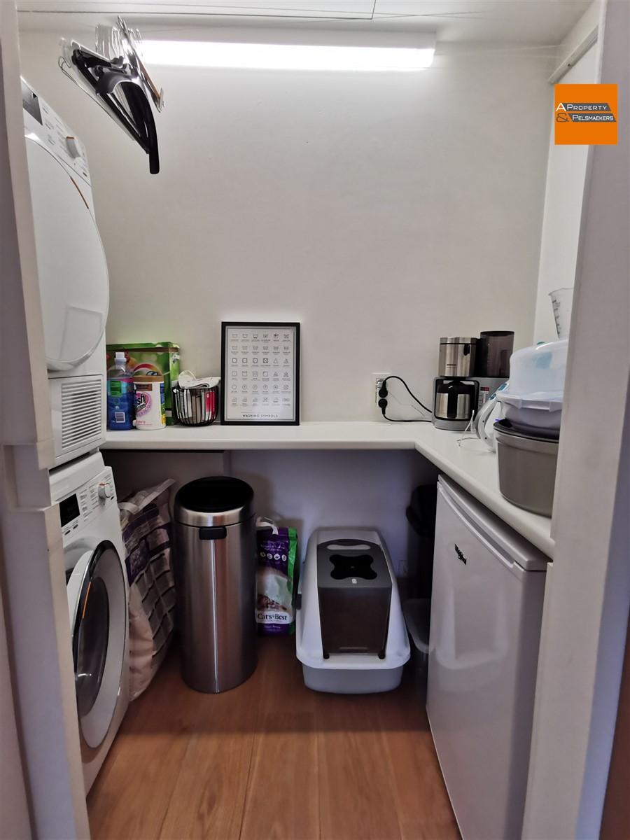Foto 10 : Gemeubeld appartement in 1050 ELSENE (België) - Prijs € 1.500