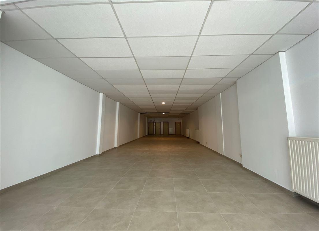 Foto 2 : Handelspand te 2930 BRASSCHAAT (België) - Prijs € 325.000