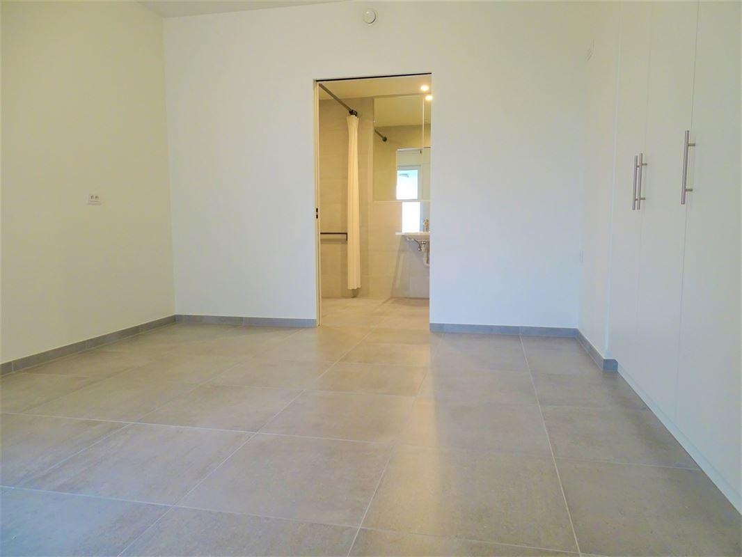 Foto 8 : Appartement te 2861 ONZE-LIEVE-VROUW-WAVER (België) - Prijs € 215.000