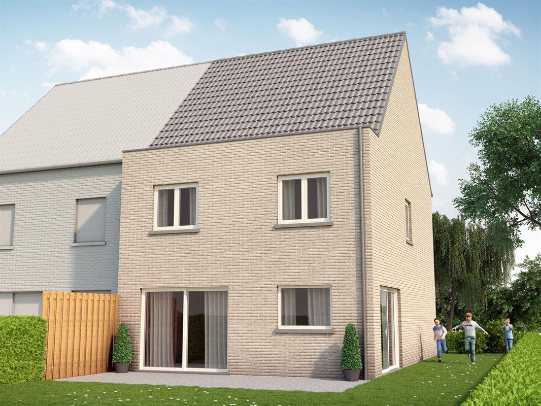 Nieuwbouw : Bouwgrond voor half-open bebouwing vlakbij het centrum van Sint-Katelijne-Waver te SINT-KATELIJNE-WAVER (2860) - Prijs