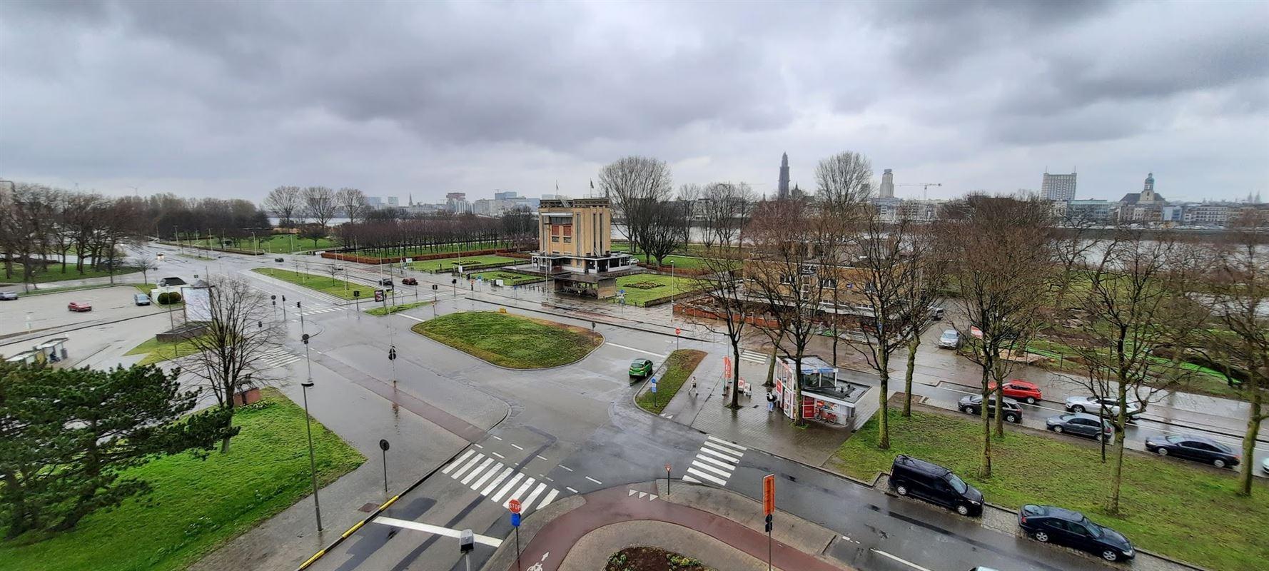 Foto 2 : Appartement te 2050 ANTWERPEN (België) - Prijs € 870