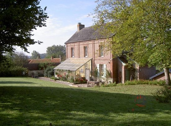 Villa te 62390 BUIRE-AU-BOIS (Frankrijk) - Prijs € 295.000