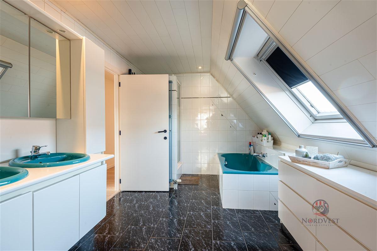 Foto 9 : Huis te 9950 WAARSCHOOT (België) - Prijs € 450.000
