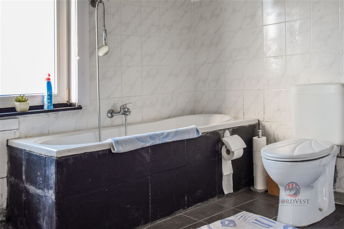 Foto 13 : Huis te 9910 URSEL (België) - Prijs € 300.000