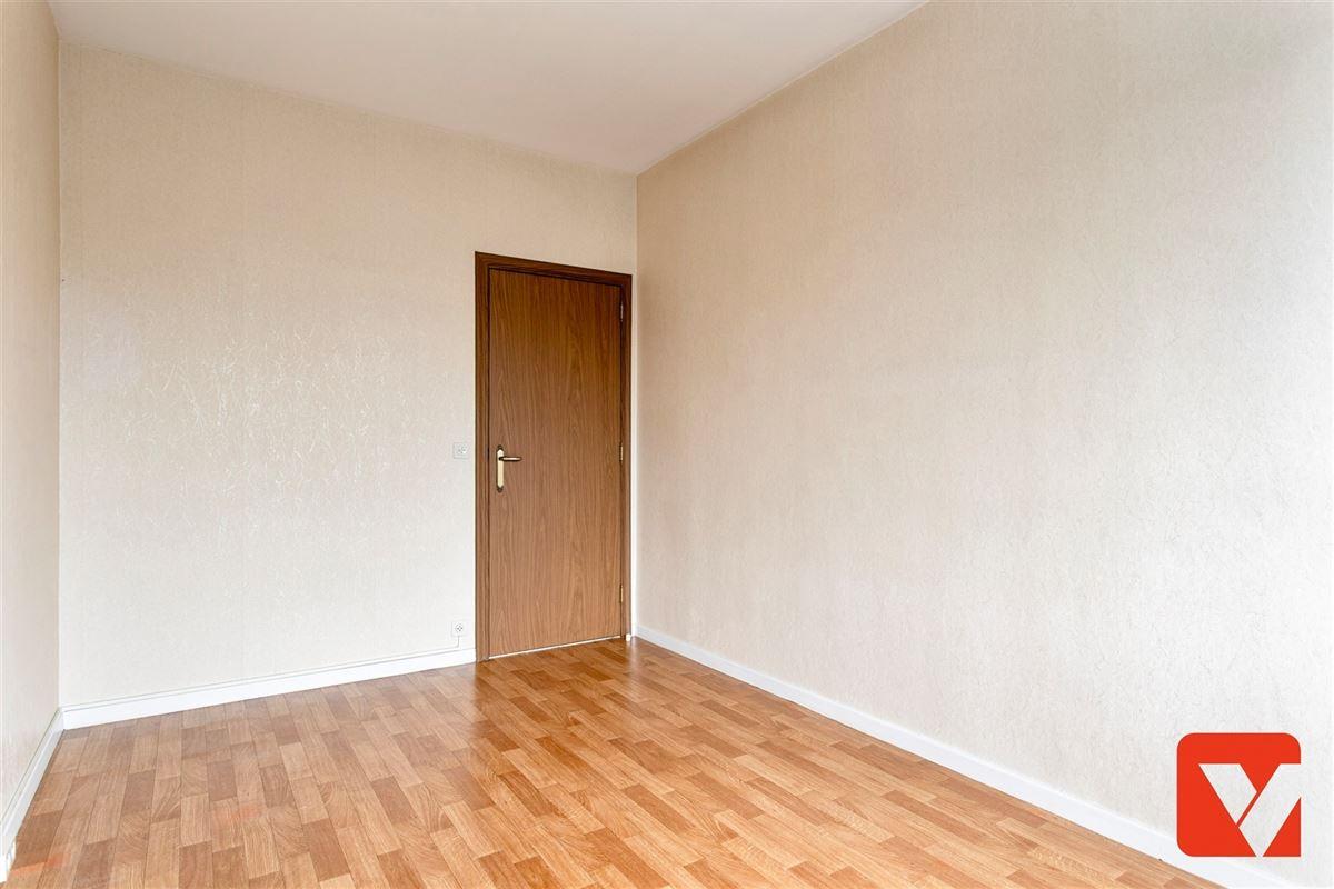 Foto 17 : Appartement te 2600 BERCHEM (België) - Prijs € 219.000
