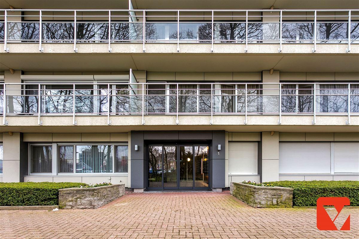 Foto 2 : Appartement te 2600 BERCHEM (België) - Prijs € 185.000