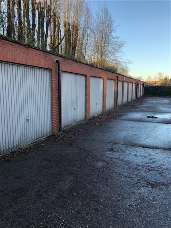 Foto 2 : gesloten garagebox te 2650 EDEGEM (België) - Prijs € 115