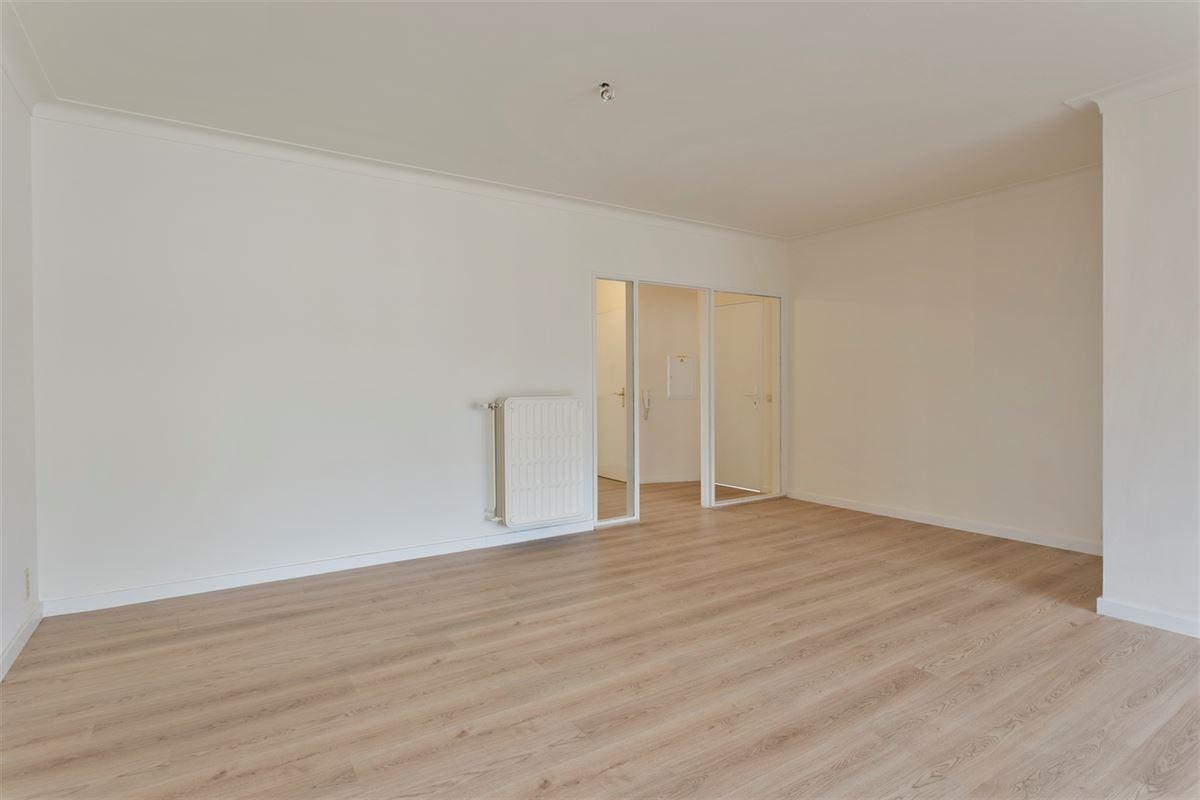 Foto 1 : Appartement te 2600 BERCHEM (België) - Prijs € 850