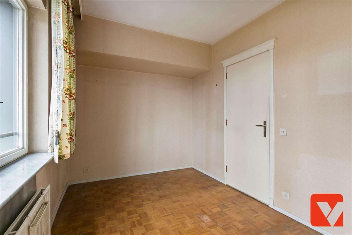 Foto 11 : Appartement te 2600 BERCHEM (België) - Prijs € 185.000