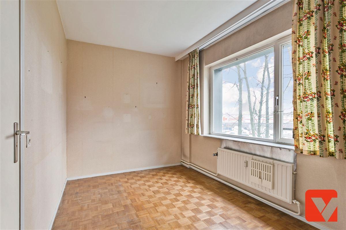Foto 9 : Appartement te 2600 BERCHEM (België) - Prijs € 185.000