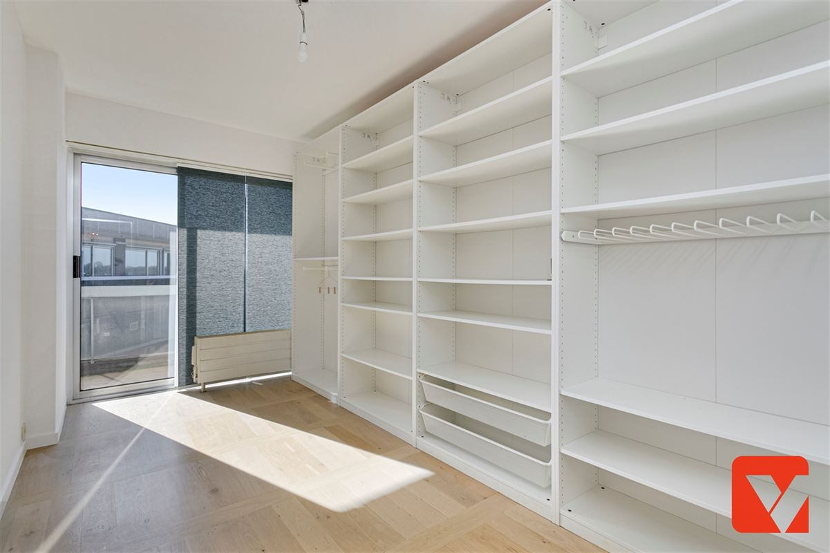 Foto 12 : Appartement te 2600 BERCHEM (België) - Prijs € 289.000