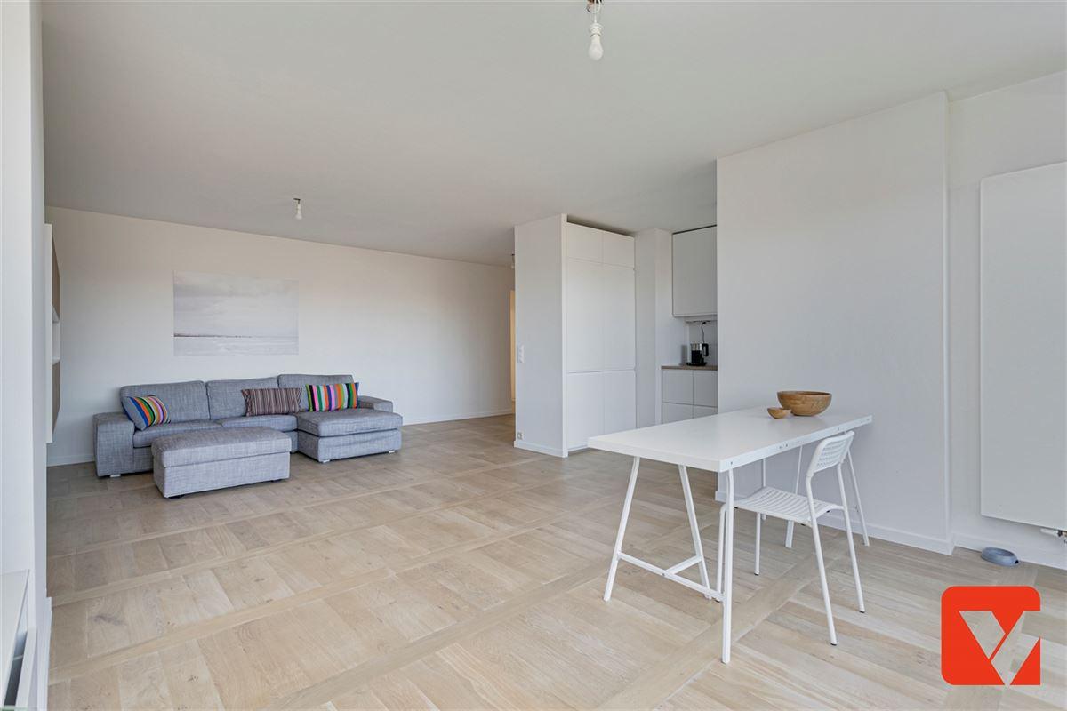 Foto 8 : Appartement te 2600 BERCHEM (België) - Prijs € 289.000