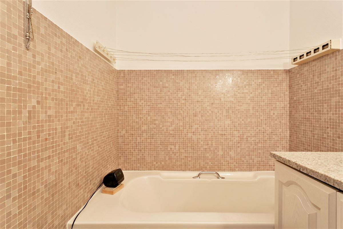 Foto 10 : Appartement te 2600 BERCHEM (België) - Prijs € 229.000
