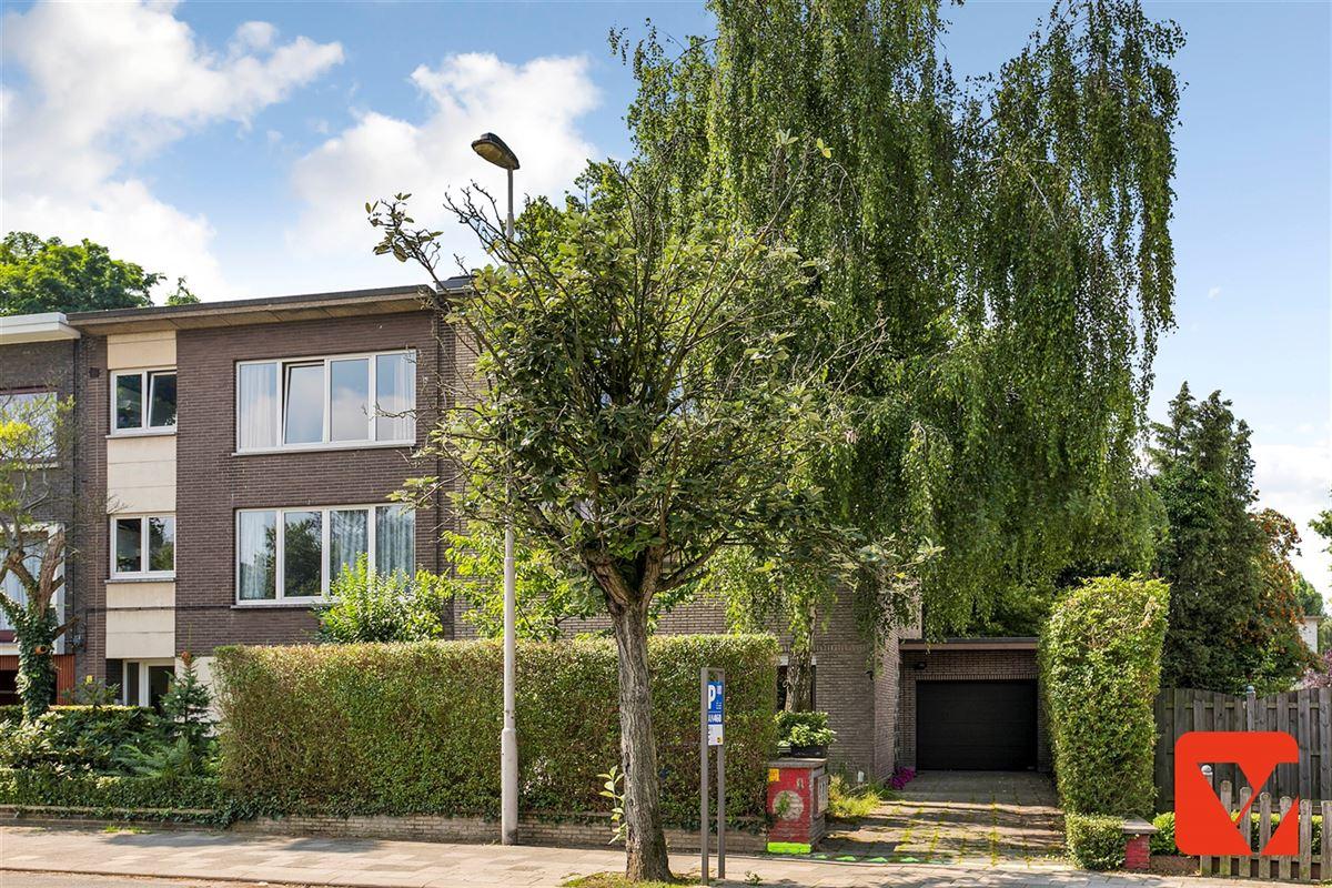 Foto 15 : Appartement te 2600 BERCHEM (België) - Prijs € 215.000